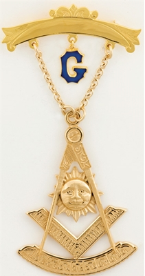 Past Master Swinger Jewel. 10K YG. One curved bar with hanging G with Square , Compass, Quadrant & Sun.